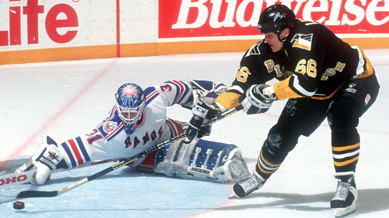 Today in Hockey History: Lemieux's 5 Goals Overshadow Mullen's Hat Trick in MSG | Hockey Players Club Blog