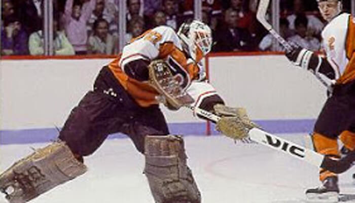 Today in Hockey History- Ron Hextall Scores the 1st Playoff Goal by a Goalie in NHL History | Hockey Players Club Blog
