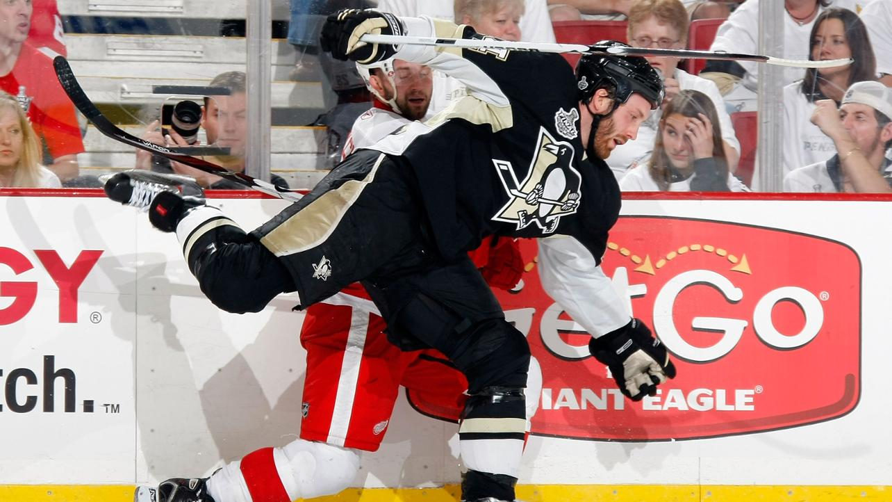 Today in Hockey History- Brooks Orpik Throws 4 Crushing Checks in 15 Seconds | Hockey Players Club blog